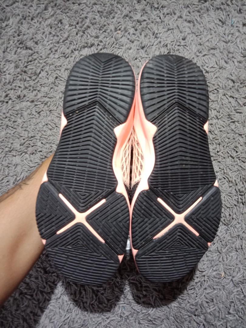 Adidas ariana