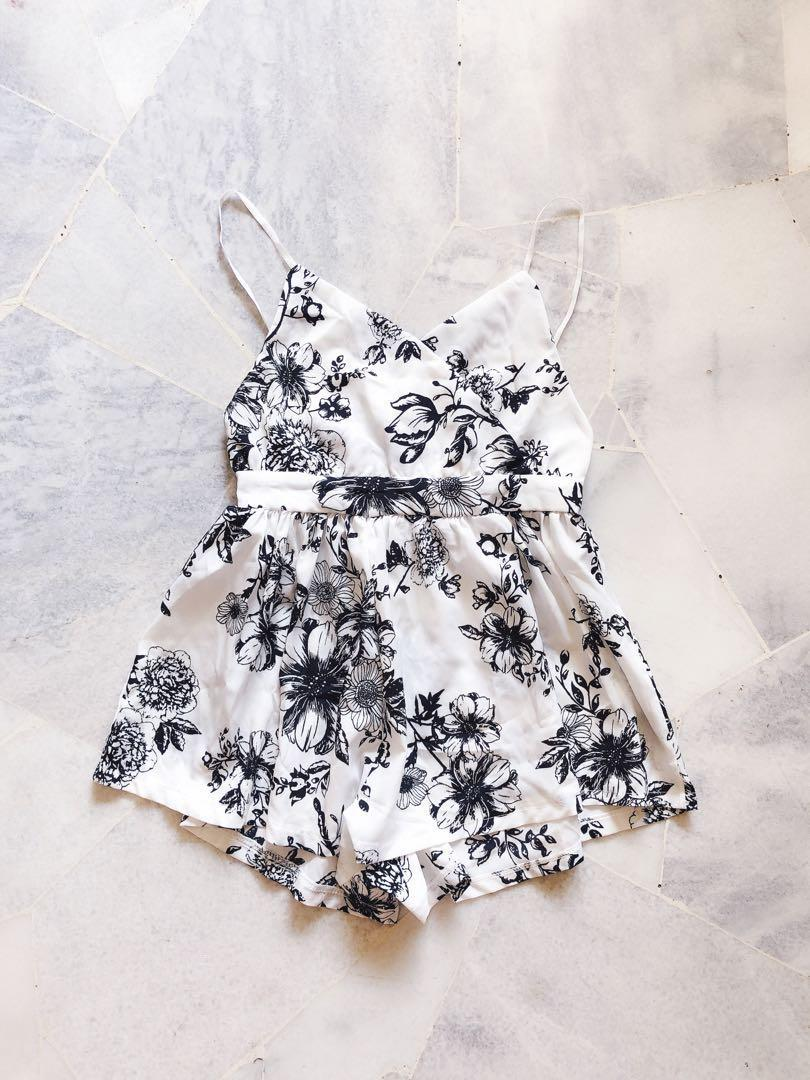 Black White Floral BareBack Romper / Jumpsuit #Lelong80