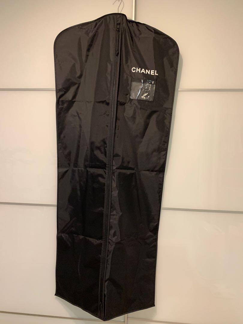 Chanel long nylon garment bag Chanel尼龍掛衫袋