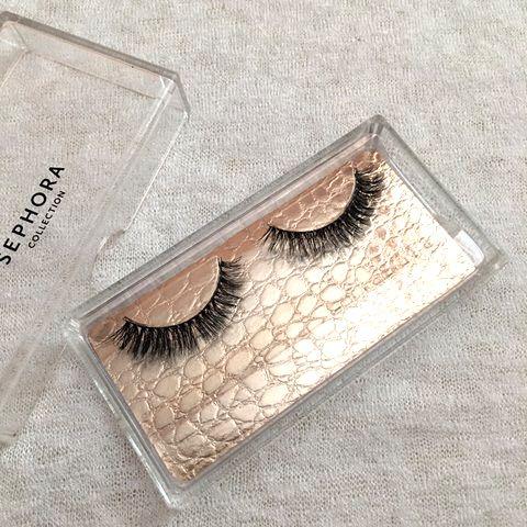 5814e8a8197 False Eyelashes (Luxe Lashes), Health & Beauty, Makeup on Carousell