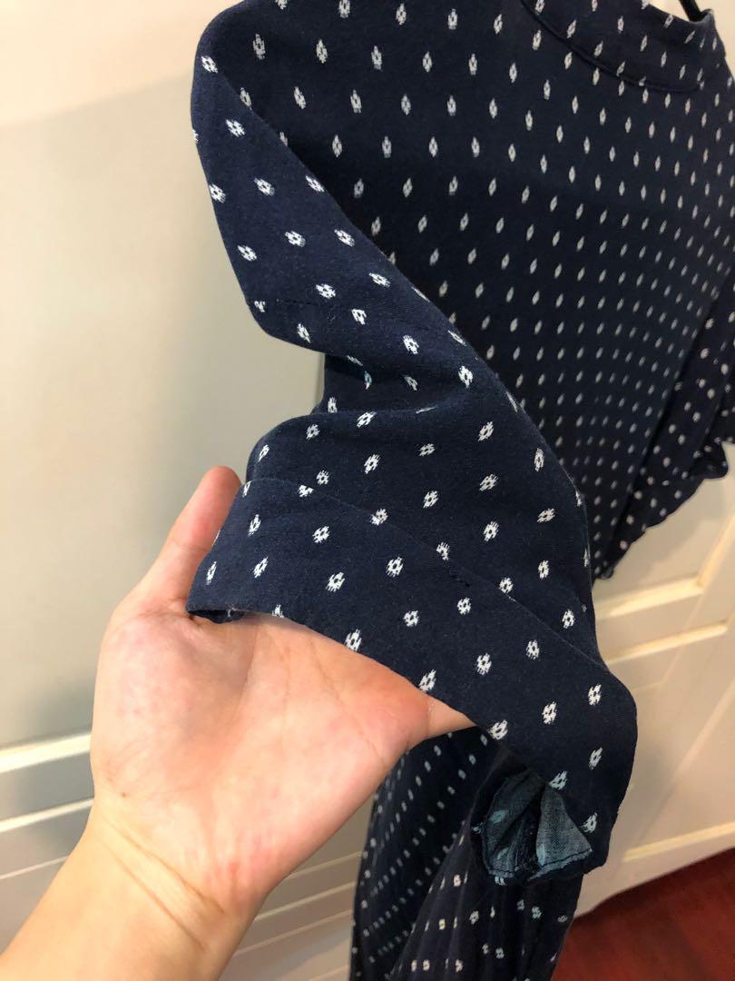 H&M V領菱格短洋裝