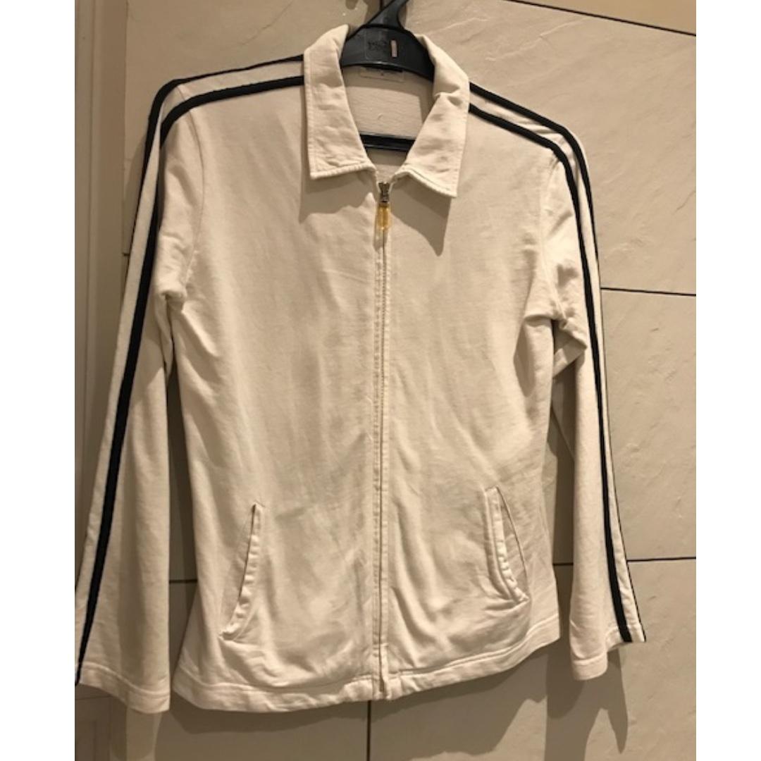 Jaket Putih Giordano