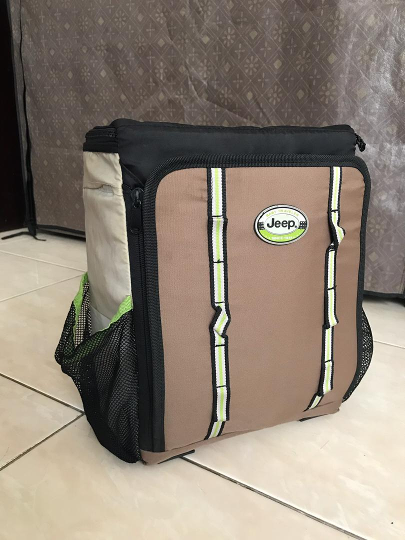 Jeep 2 in 1 Booster Seat & Bag SECOND