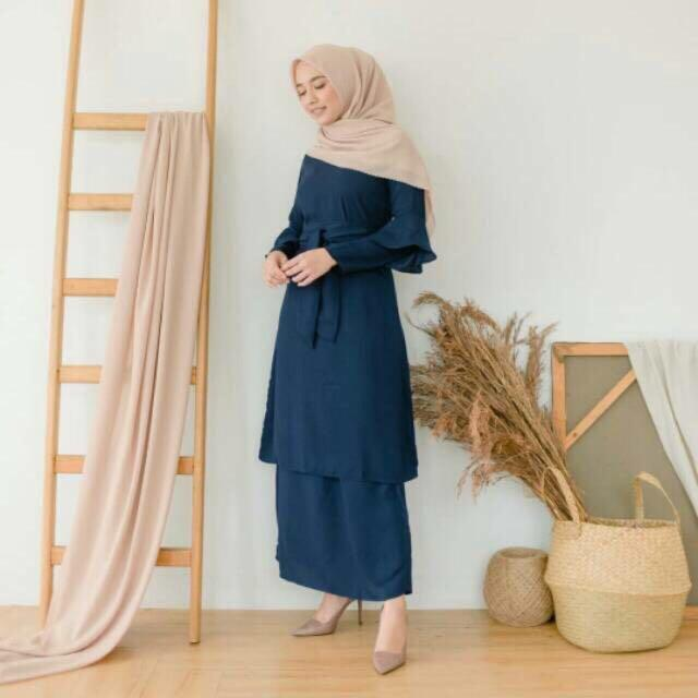 Louisaluna Laura set kurung raya - navy L