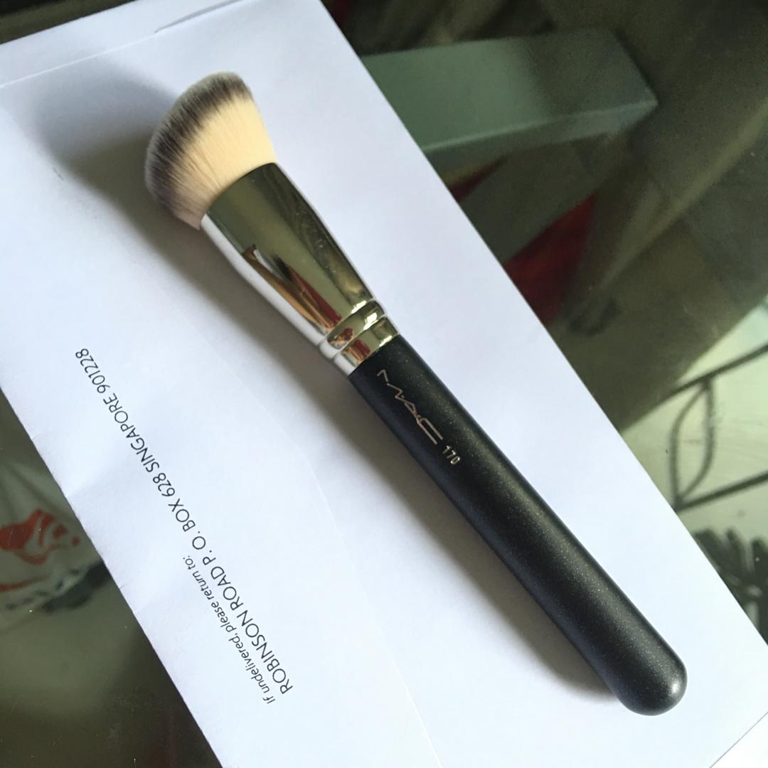 Mac Foundation Brush 170 Health Beauty Makeup On Carousell