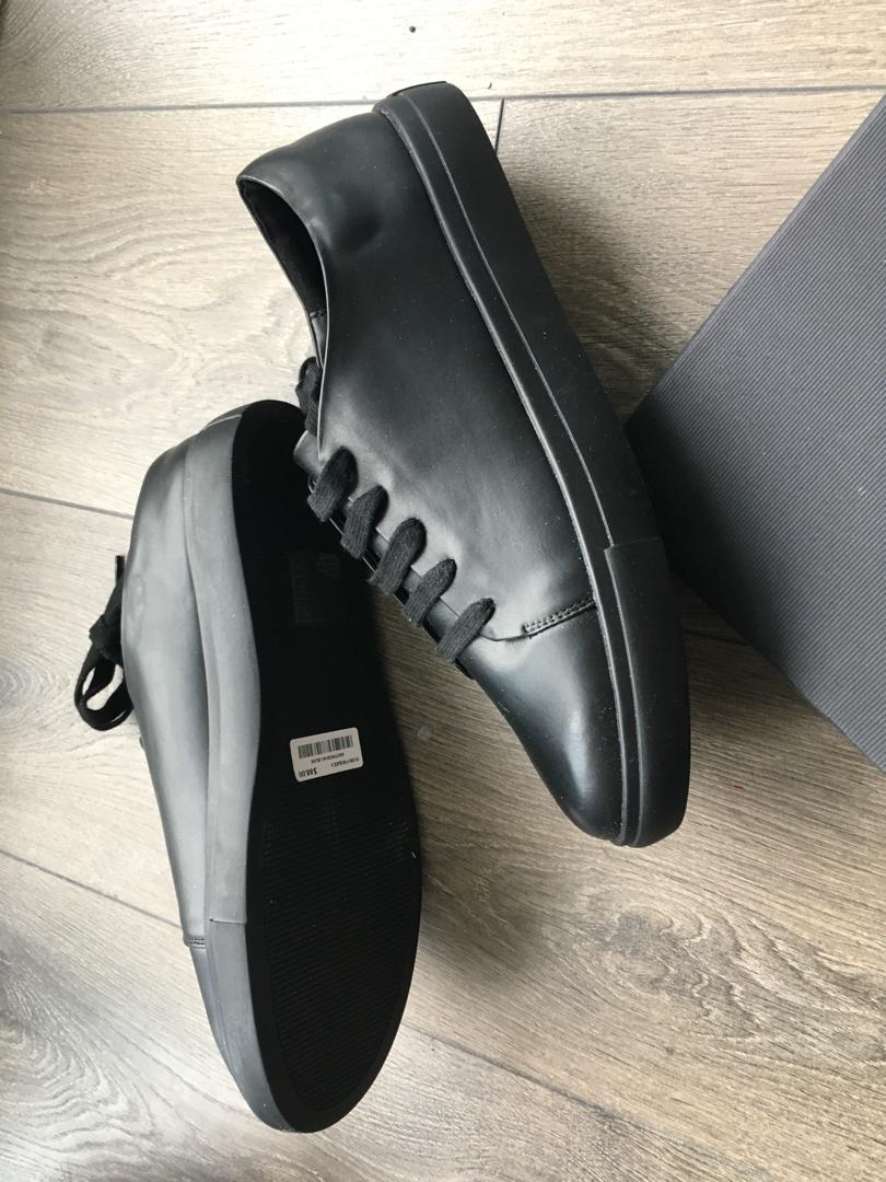 OAK + FORT *NEW* Black Faux Leather Sneakers (Size 9)