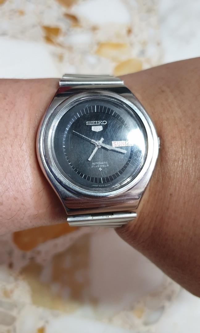 Seiko rare black Dial design watch Vintahe!!!
