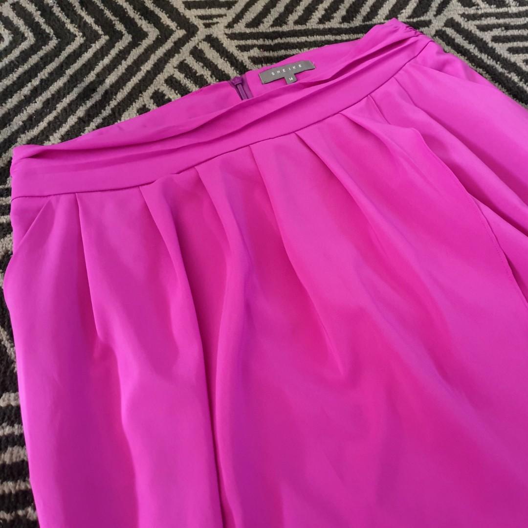 Women's size 14 'SHEIKE' Stunning fuschia pink overlapping midi skirt - AS NEW