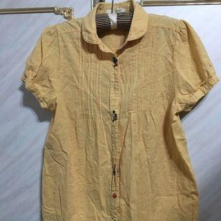 🚚 黃色襯衫近八成新便宜出售中(肩33 胸 40.5 衣長65cm)