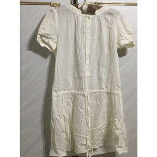 🚚 近七成新,但白色有些許黃漬需要清洗一下 (肩34cm 胸44cm 衣長81.5cm)