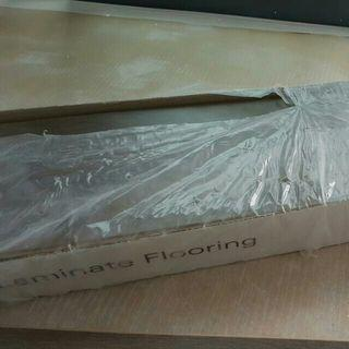 SALE☇[RP$200] Germany Laminate Flooring (1 Box Only)