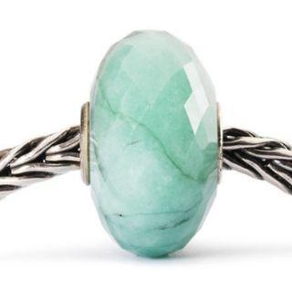 Trollbeads Emerald gemstone