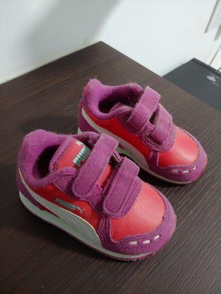 🚚 Puma shoe