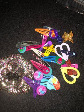 Assorted girl hair clips