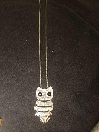 Ann Taylor owl pendant necklace