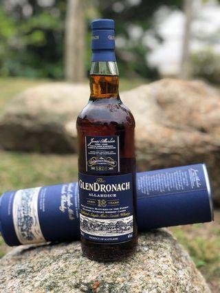 Glendronach 18 single malt whiskey
