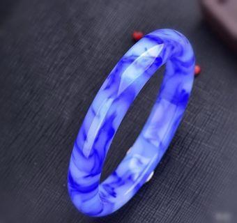青花瓷飘花手镯Blue and white porcelain bracelet with floating flowers