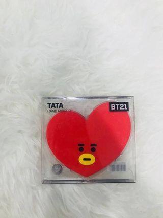 [CLEARANCE] BT21 HAND MIRROR TATA