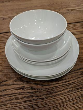 BN IKEA Dinnerware Set