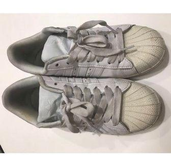 Adidas 白鞋