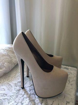 Bebo High heels