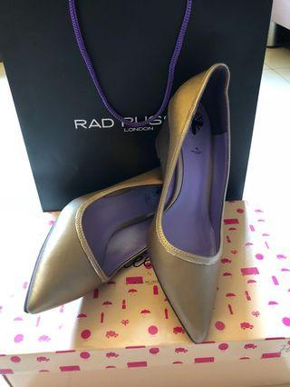 Brand new in box pumps