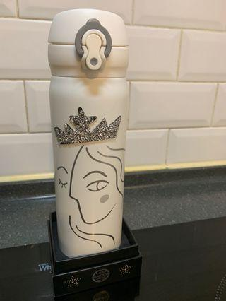 2nd hand Thermos bottle Cross over Starbucks