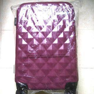 "20"" SARO VINCI Cabin Luggage Bag with Swarovski Crystals - Maroon Red (Brand New)"
