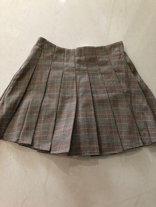 🚚 Checkered skirt (w safety pants inside)