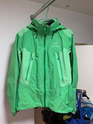 Arc´teryx-Women's Beta LT Hybrid Jacket