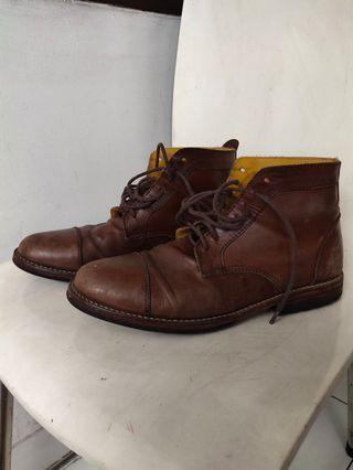 Sepatu Boots: SANDBOX Brown Shoes