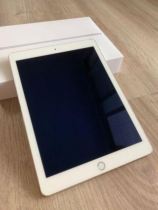 iPad air2 64g 金色