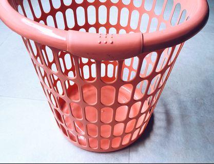 🚚 Laundry Basket