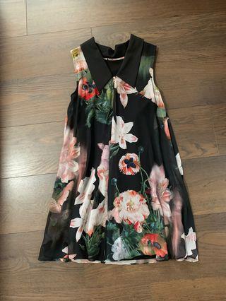 🚚 Ted Baker Floral Dress