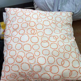 🚚 IKEA抱枕(一個$30;兩個$50)