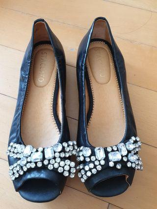🚚 Brand New Staccato Leather Pumps