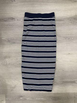 🚚 Navy White Knitted Striped Pencil Skirt