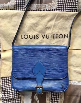 Louis Vuitton Vintage EPI Leather Crossbody Shoulder Bag 100% real
