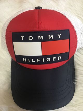 60bc2869d tommy hilfiger duffle bag | Clothes | Carousell Philippines