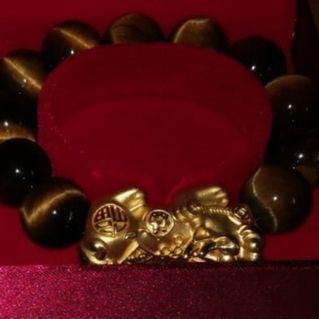 999 Gold Pixiu Bracelet (Large) from Taka Jewellery