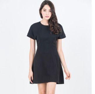 🚚 Ninth Phyllis Dress in Black