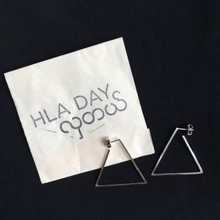 Hla Day Silver Triangle Earrings