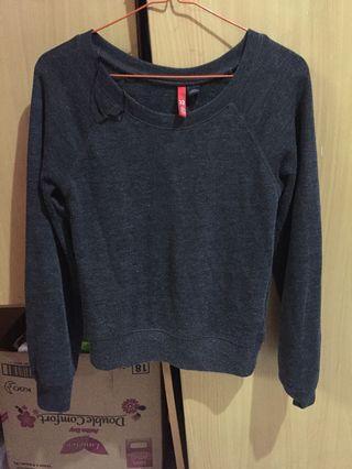Sweater H&M ( baju panjang)