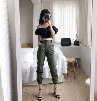 🚚 army green cargo / cobain pants