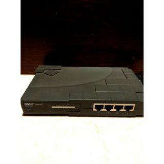 🚚 美製SMC 網路分享器 網路路由器 4埠 支持VPN, Print Server 亞馬遜4星推薦