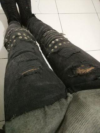Zara man ripped jeans