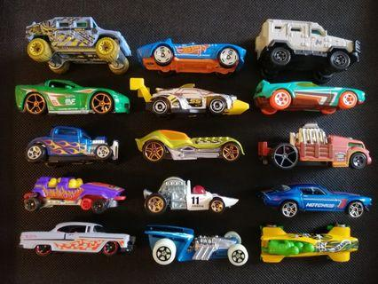 Hot Wheels & Matchbox Diecast Lot of 15