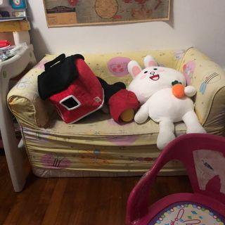Blessing Child sofa