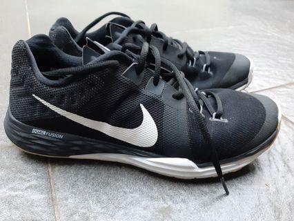 Nike Training Shoes Dual Fusion