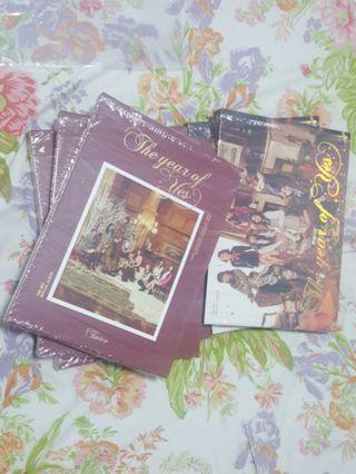 [ CLEARANCE ] TWICE The Year Of Yes unsealed albums